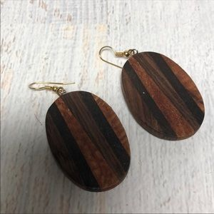 Vintage Retro wooden oval dangle earrings E74